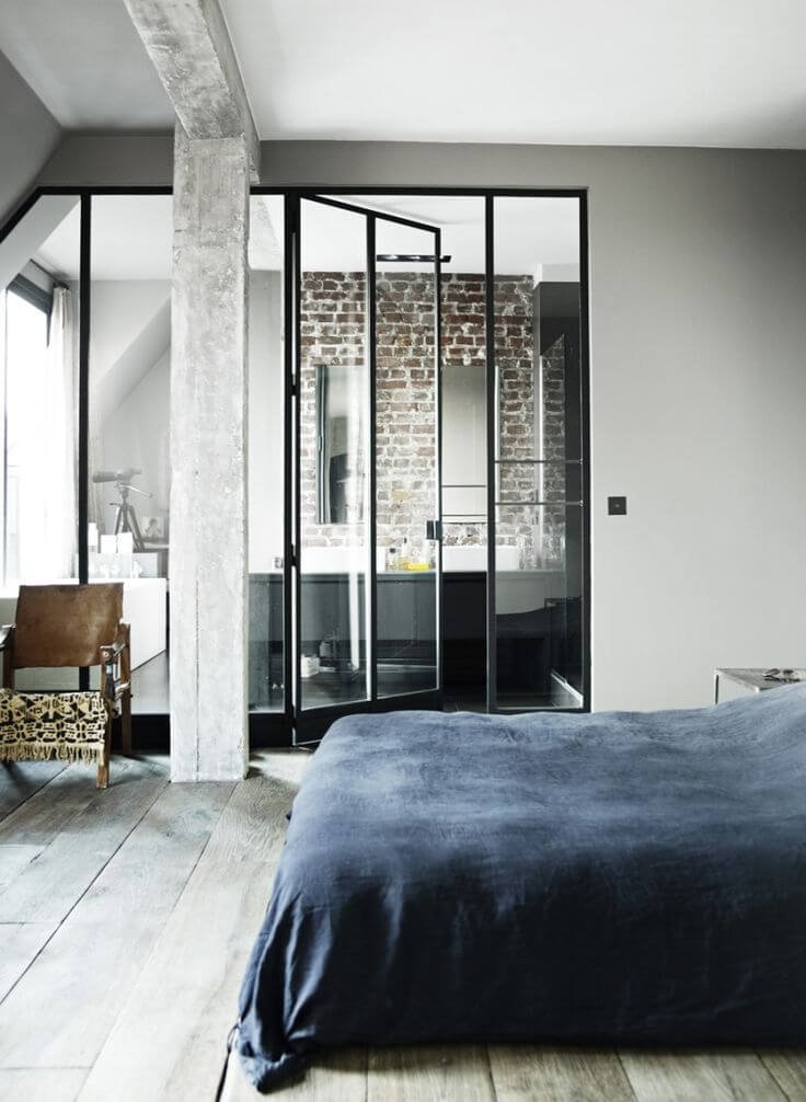 Salle a manger design noir et blanc : Big steel glass windows doors