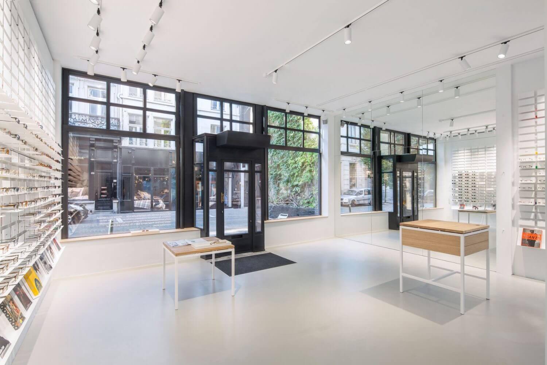 Ace tate antwerp standard studio for Studio 11 architecture
